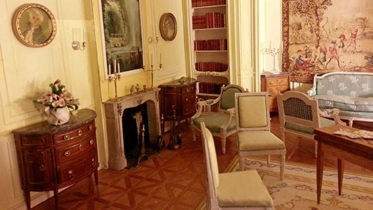 images/rooms/slider/gite meaulne la borderie chateau de meillant salon